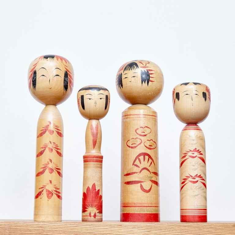 Edo Set of 4 Kokeshi Japanese Wood Hand Painted Doll For Sale
