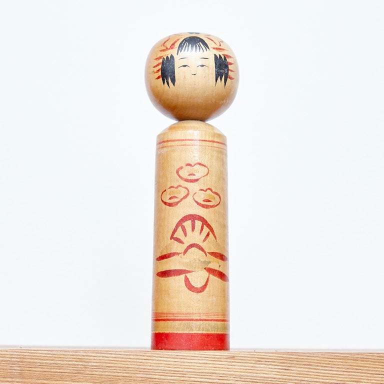 Set of 4 Kokeshi Japanese Wood Hand Painted Doll For Sale 3