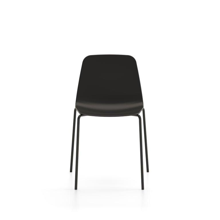Minimalist Viccarbe Set 4 Maarten Plastic Chair, Metal Legs, Black  by Víctor Carrasco For Sale