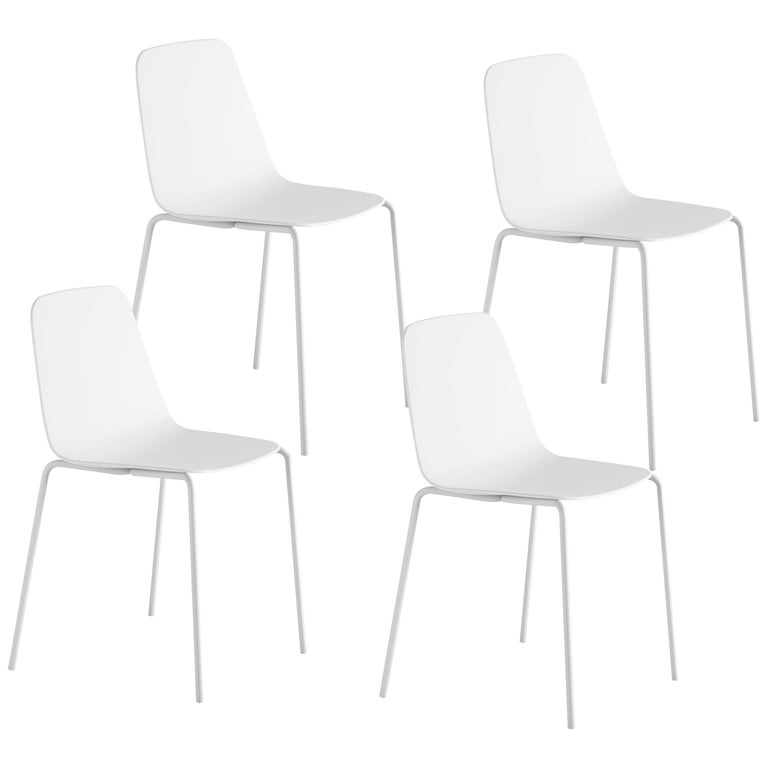 Viccarbe Set 4 Maarten Plastic Chair, Metal Legs, White ,by Víctor Carrasco For Sale