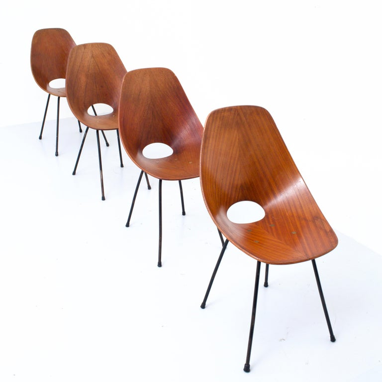 Mid-20th Century Set of 4 Medea Dining Chairs by Vitorio Nobili for Fratelli Tagliabue, 1955 For Sale