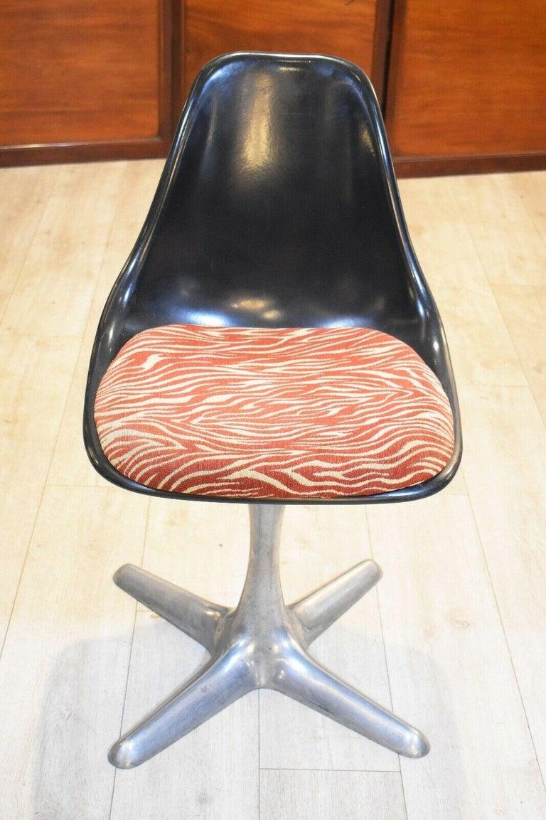 Aluminum Set of 4 Mid-20th Century Arkana Dining Chairs Aluminium Swivel Base For Sale