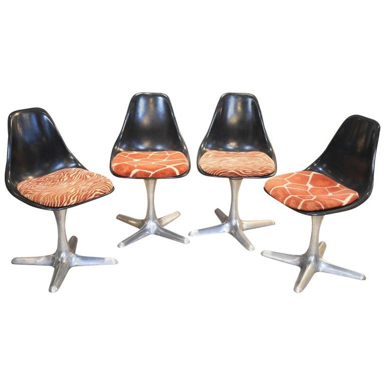 Set of 4 Mid-20th Century Arkana Dining Chairs Aluminium Swivel Base For Sale