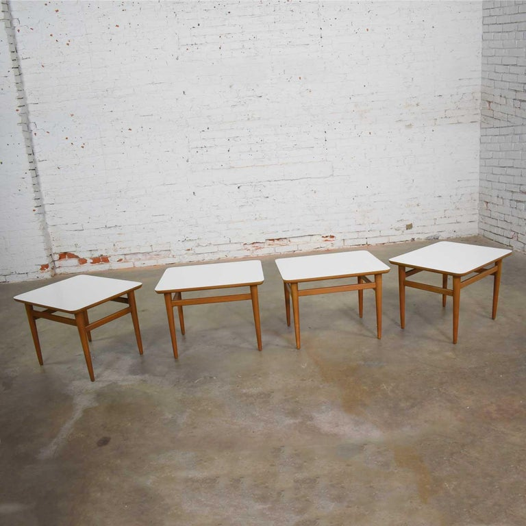 North American Set of 4 Mid-Century Modern Birch Side Tables with White Laminate Tops & Tapered For Sale