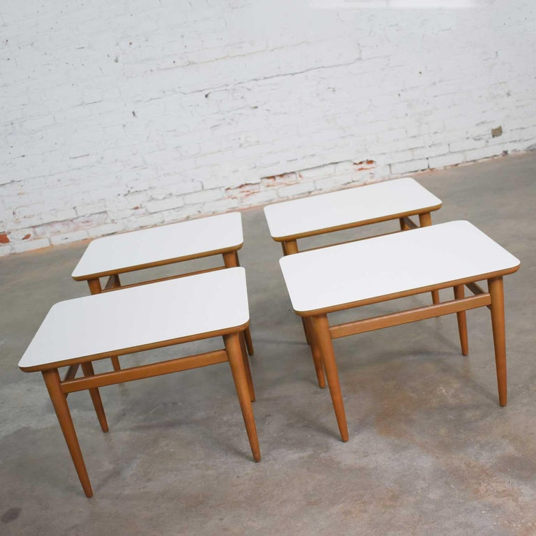 Set of 4 Mid-Century Modern Birch Side Tables with White Laminate Tops & Tapered In Good Condition For Sale In Topeka, KS