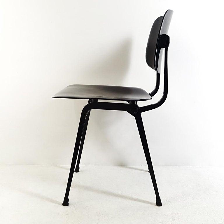 Mid-20th Century Set of 4 Mid-Century Modern Chairs