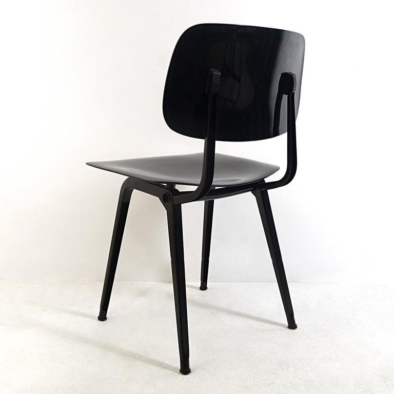 Plastic Set of 4 Mid-Century Modern Chairs