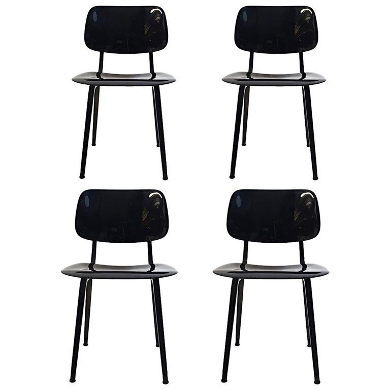 """Set of 4 Mid-Century Modern Chairs """"Revolt"""" by Friso Kramer for Ahrend For Sale"""