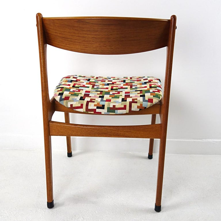 Fabric Set of 4 Mid-Century Modern Teak Wood Dining Chairs by Johannes Andersen For Sale