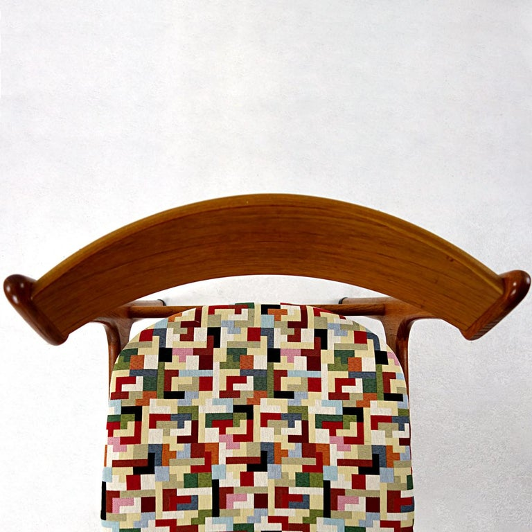 Set of 4 Mid-Century Modern Teak Wood Dining Chairs by Johannes Andersen For Sale 1
