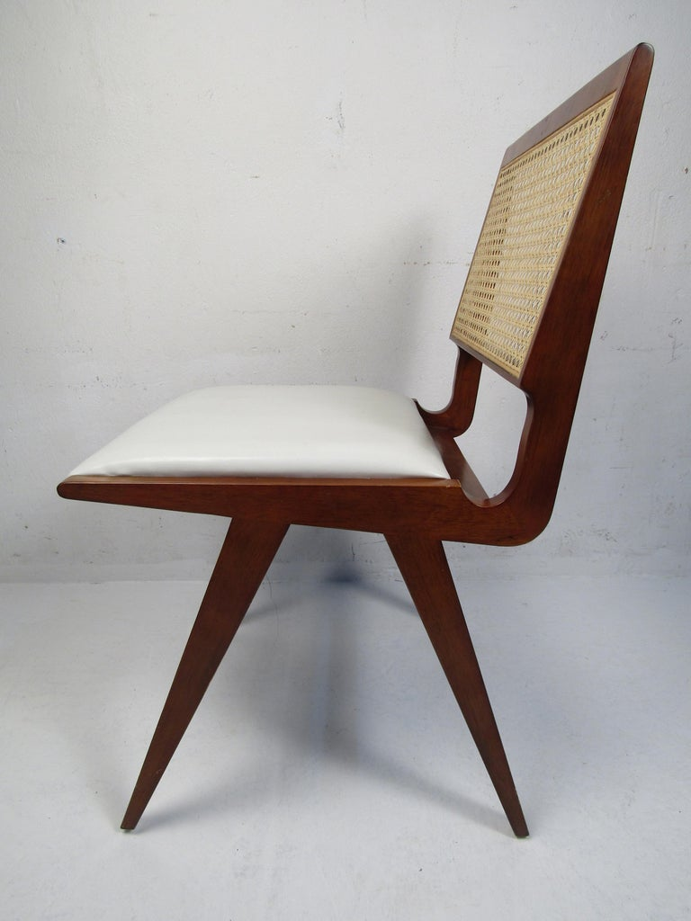 Set of 4 Midcentury Style Cane-Back Dining Chairs In Good Condition For Sale In Brooklyn, NY