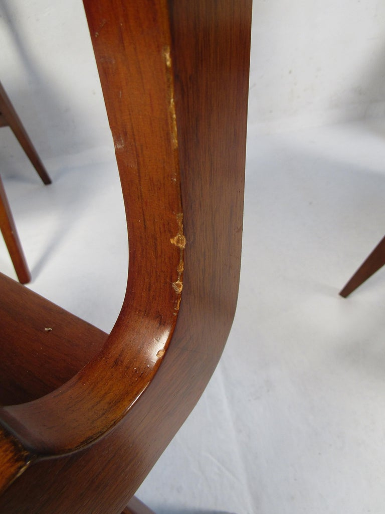 Set of 4 Midcentury Style Cane-Back Dining Chairs For Sale 2