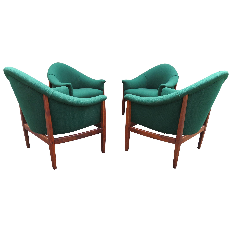 Set of 4 Milo Baughman Barrel Back Walnut Frame Lounge Chairs Midcentury