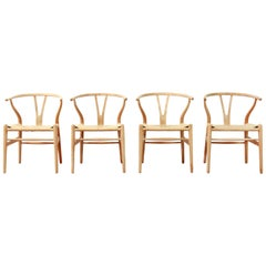 Set of 4 Natural Hans Wegner CH24 Wishbone Chairs for Carl Hansen and Son, 1960s
