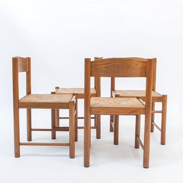 Mid-Century Modern Set of 4 Natural Oak Dining Chairs Attributed to Vico Magistretti, 1960s For Sale