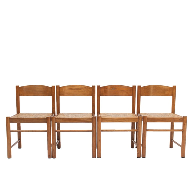 20th Century Set of 4 Natural Oak Dining Chairs Attributed to Vico Magistretti, 1960s For Sale