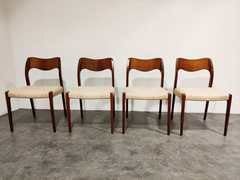 Elegantly shaped set of 4 dining chairs designed by Niels Otto Møller for JL. Mollers.
