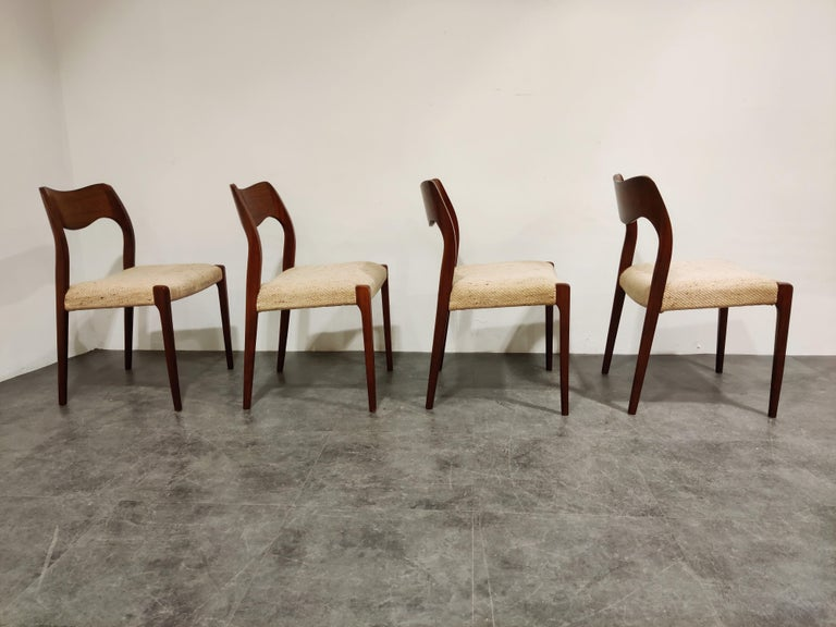 Set of 4 Niels Otto Møller Model 71 Dining Chairs, 1960s In Good Condition In Neervelp, BE
