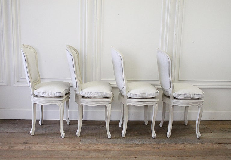 20th Century Set of 4 Painted and Upholstered Linen Louis XV Style Dining Chairs For Sale