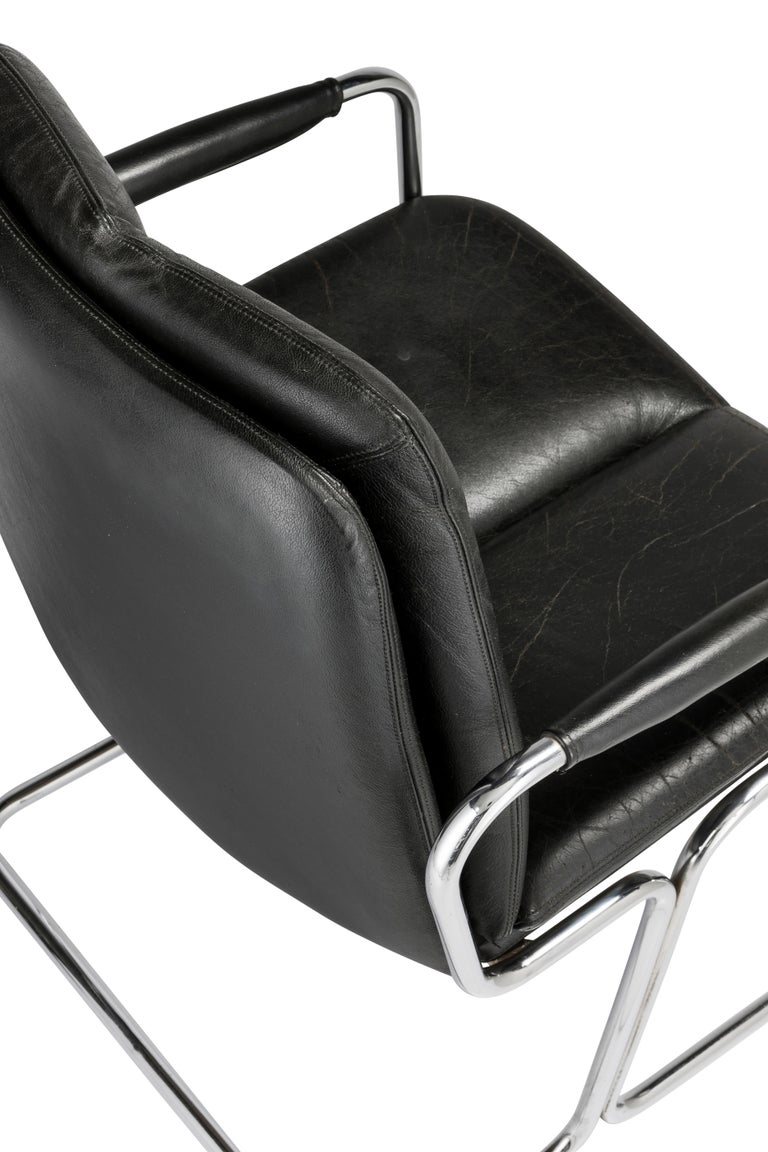 Set of 4 Pieff 'Eleganza' Chrome and Leather Chairs by Tim Bates for Pieff & Co. For Sale 4