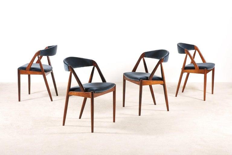 Scandinavian Modern Set of 4 Rosewood Dinning Chairs by Kai Kristiansen, 1960s For Sale
