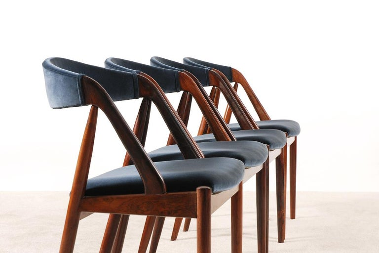 Set of 4 Rosewood Dinning Chairs by Kai Kristiansen, 1960s In Excellent Condition For Sale In Paris, FR