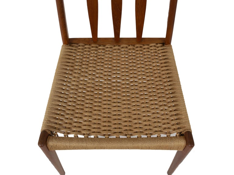 Set of 4 Scandinavian Design Vintage Dining Chairs in Papercord and Teak For Sale 4