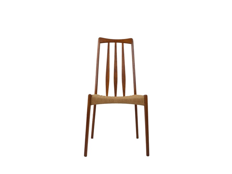 Danish Set of 4 Scandinavian Design Vintage Dining Chairs in Papercord and Teak For Sale