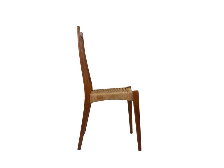 Set of 4 Scandinavian Design Vintage Dining Chairs in Papercord and Teak In Excellent Condition For Sale In Hellouw, NL