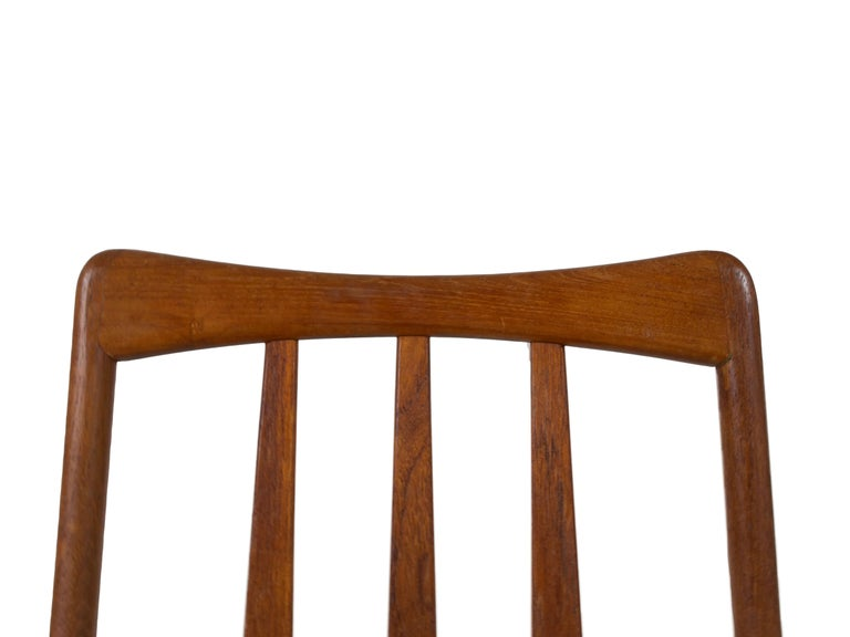 Set of 4 Scandinavian Design Vintage Dining Chairs in Papercord and Teak For Sale 3