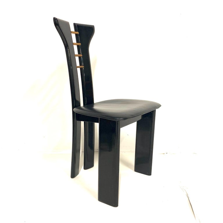 Lacquered Set of 4 Sculptural 1970s Black Lacquer Pierre Cardin Chairs with Leather Seats For Sale