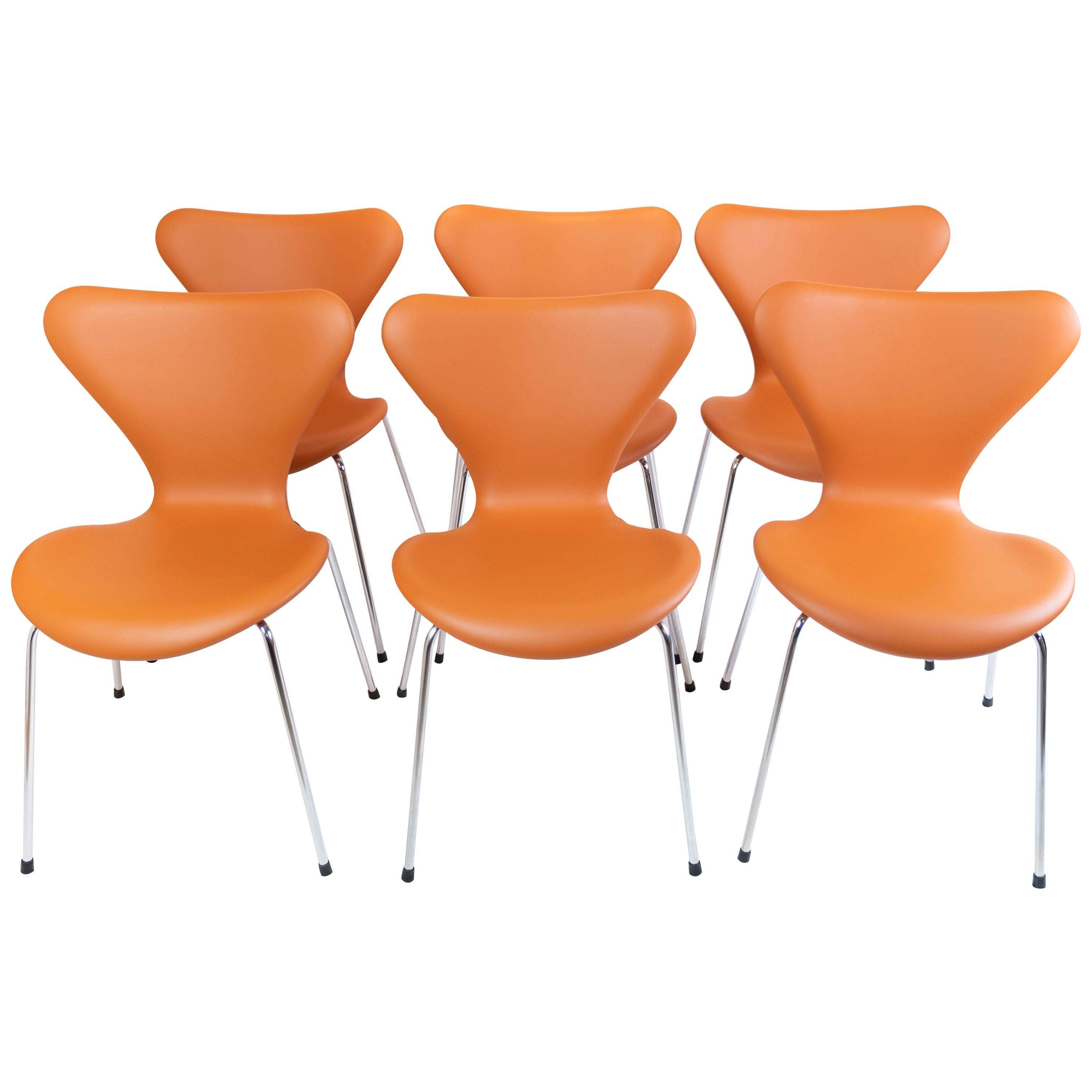 Set of 6 Seven Chairs, Model 3107, Designed by Arne Jacobsen