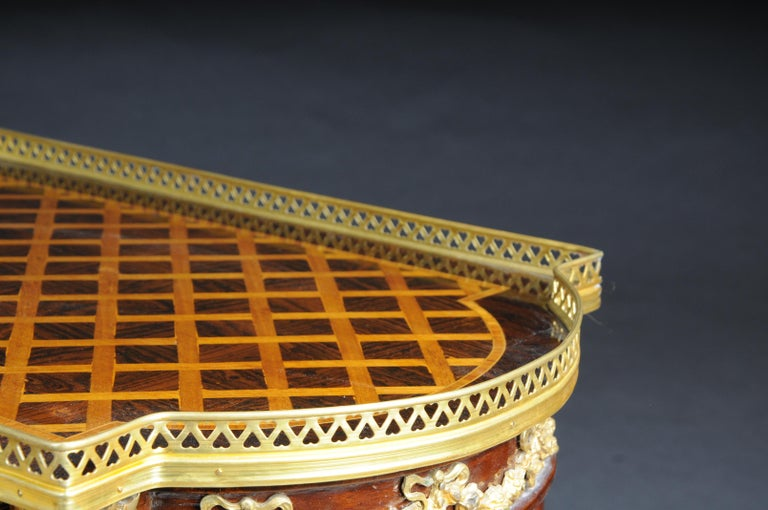 Set of 4 Side Tables Louis Seize XVI m. Marquetry Veneer In Good Condition For Sale In Berlin, DE