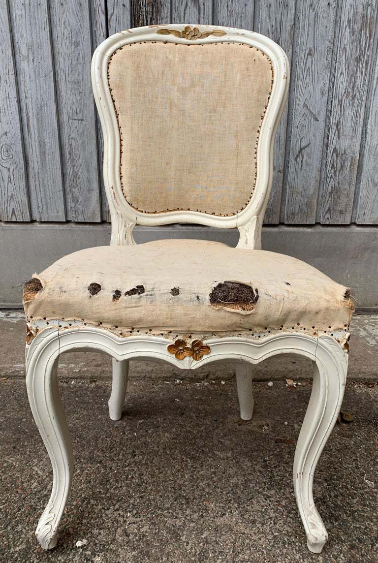 Set of 4 Swedish White Painted 19th Century Rococo Style Chairs For Sale 6