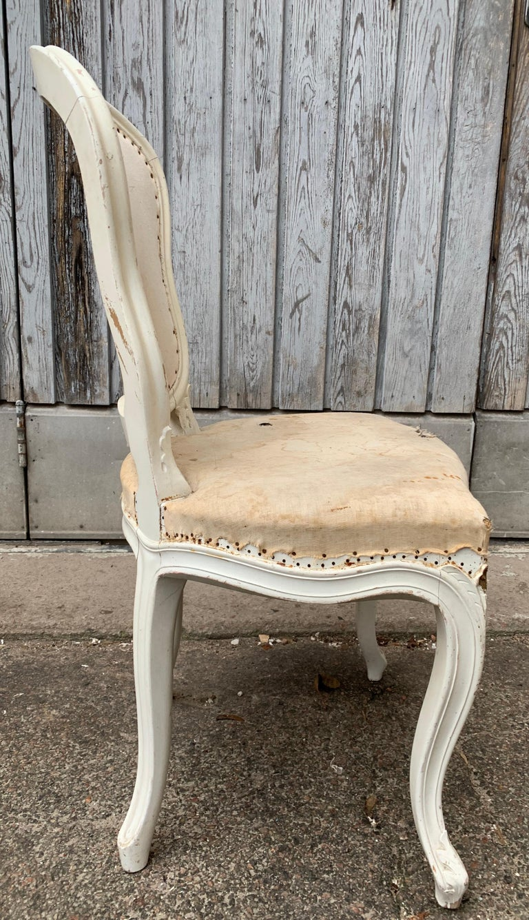 Set of 4 Swedish White Painted 19th Century Rococo Style Chairs For Sale 7