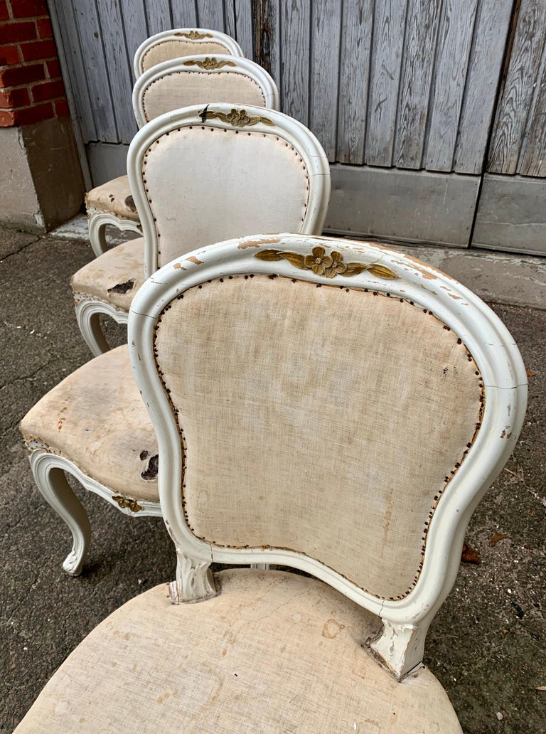Set of 4 Swedish White Painted 19th Century Rococo Style Chairs For Sale 3