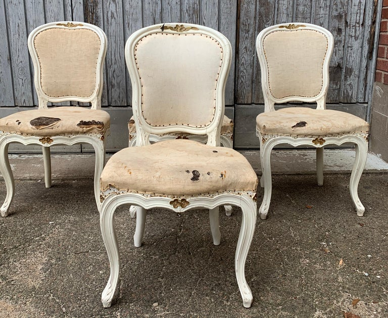 Set of 4 Swedish White Painted 19th Century Rococo Style Chairs For Sale 4