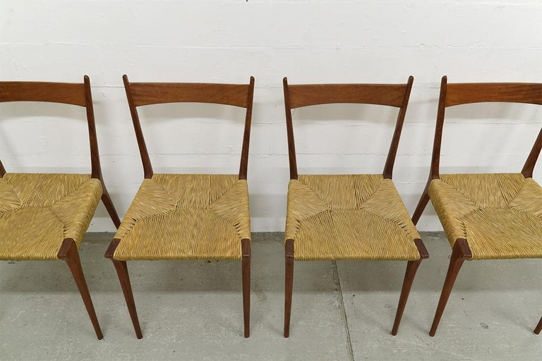 Mid-Century Modern Set of 4 Teak S2 Dining Chairs by Alfred Hendrickx for Belform, 1960s For Sale