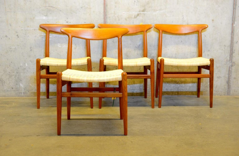 Scandinavian Modern Set of 4 W2 Teak and Cane Chairs by Hans J. Wegner, 1950s, C.M. Madsens DK For Sale
