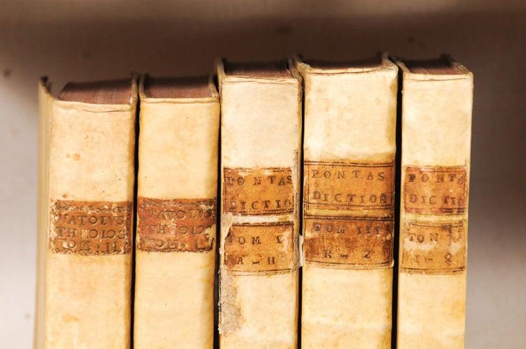 Set of 5 18th Century Italian Vellum Bound Books in Cream Color In Good Condition For Sale In Atlanta, GA