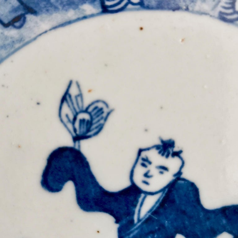 Set of 5 Chinese Export Plates, Blue on White Boy with Butterfly, 19th Century For Sale 5