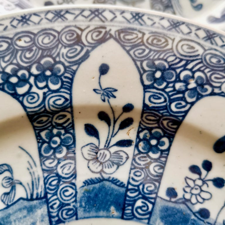 Set of 5 Chinese Export Plates, Blue on White Boy with Butterfly, 19th Century For Sale 7
