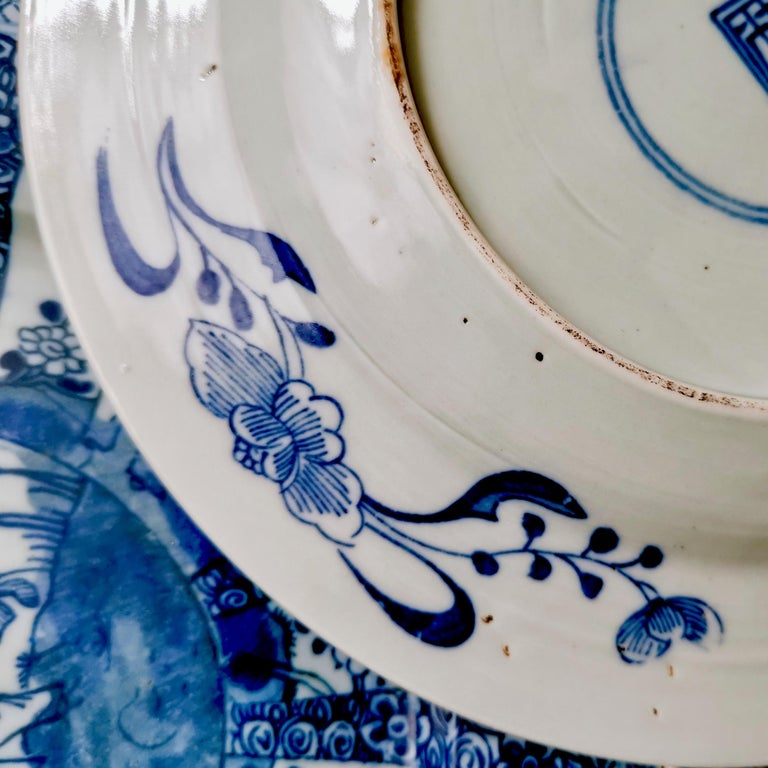 Set of 5 Chinese Export Plates, Blue on White Boy with Butterfly, 19th Century For Sale 10