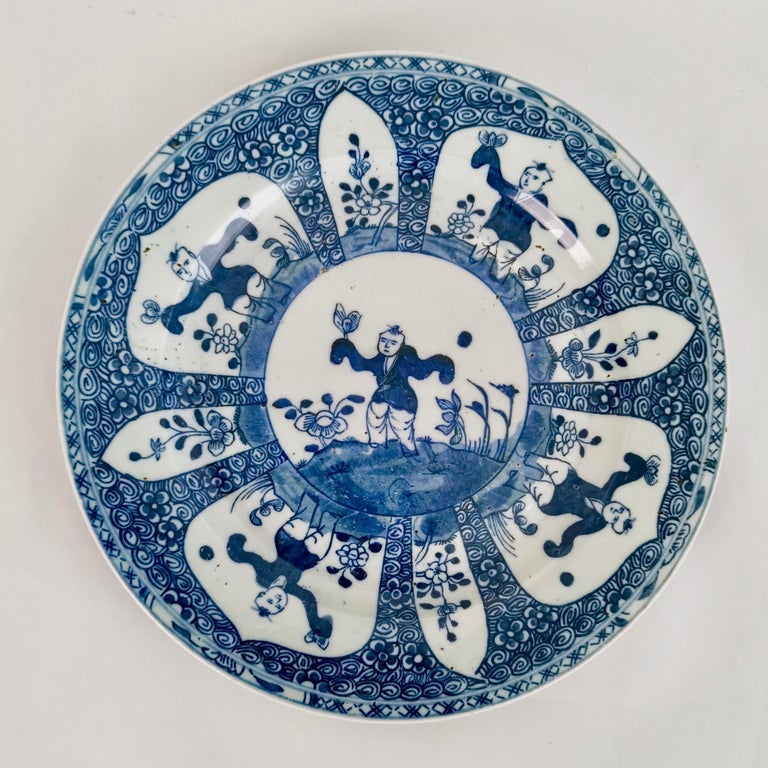 Hand-Painted Set of 5 Chinese Export Plates, Blue on White Boy with Butterfly, 19th Century For Sale