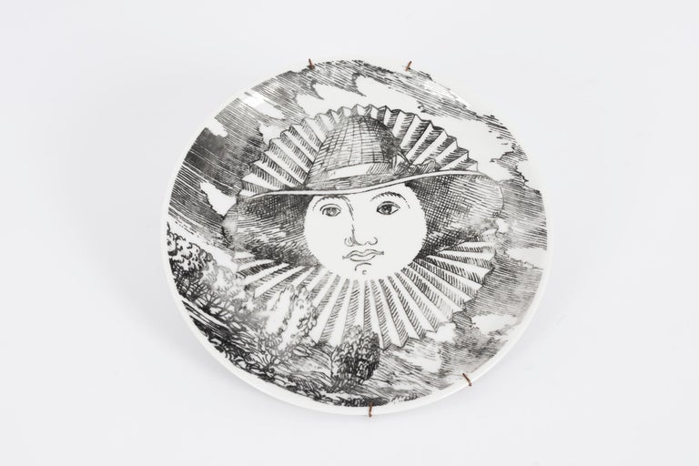 Mid-20th Century Set of 5 Fornesetti Decorative Plates For Sale