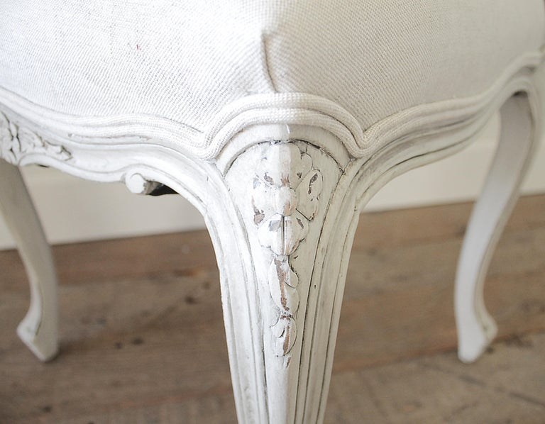 Set of 5 Painted and Upholstered Dining Room Chairs in Belgian Linen For Sale 5