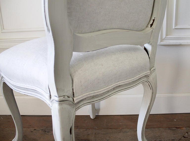 Set of 5 Painted and Upholstered Dining Room Chairs in Belgian Linen For Sale 8