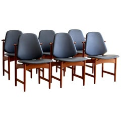 Set of 6 Arne Hovmand-Olsen Dining Chairs New Upholstery
