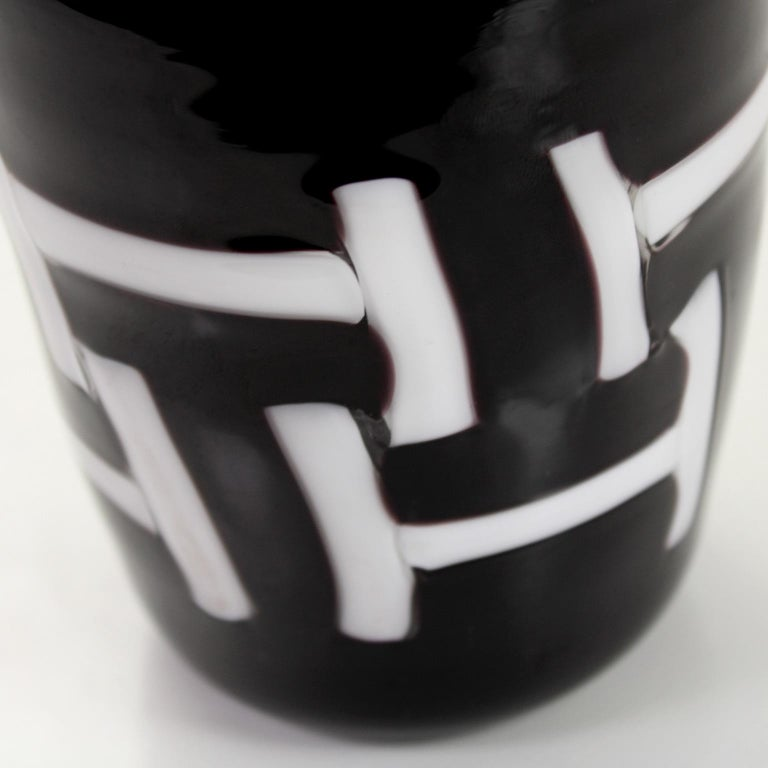 Other Set of 6 Artistic Handmade Glasses in Murano White Black Glass by Multiforme For Sale