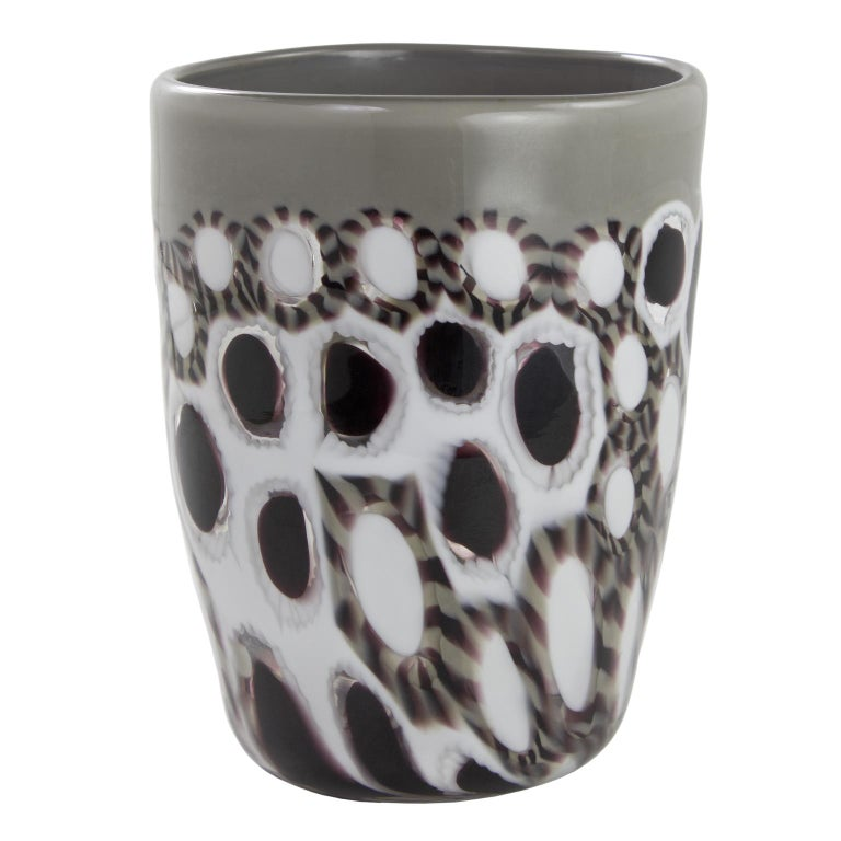 These artistic glasses are handmade by the master artisan using murrine, black and white and grey paste border.  Every piece differs one from the other and has a unique combination of these materials.  Precious pieces that can enrich every